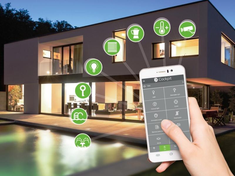 کنترل پیشرفته باغ و فضای سبز در ویلای هوشمند سازی شده