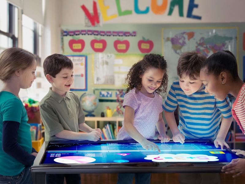 هوشمند سازی مدرسه: مدرسه هوشمند یک برنامه تخصصی و کارشناسانه
